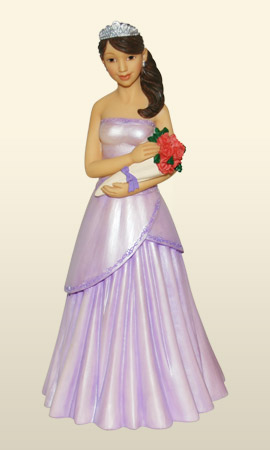 Quinceanera w/ bouquet in purple 8.5H    *